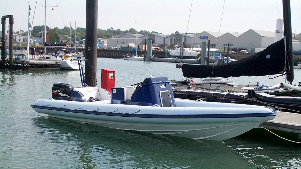 Aluminium-Boat-Builders-Based-On-The-Isle-of-Wight-1